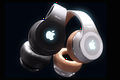 03-2-Apple-Beats-HeadPhones.jpg